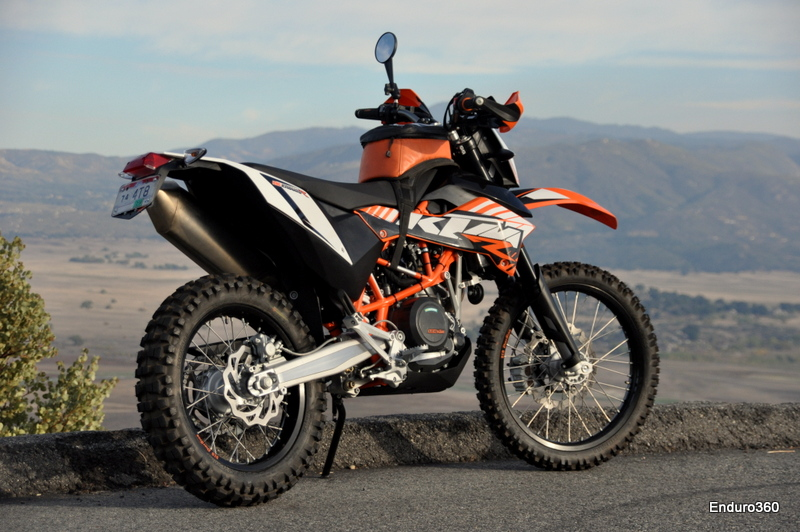 2012 ktm 690 enduro r photos. Black Bedroom Furniture Sets. Home Design Ideas