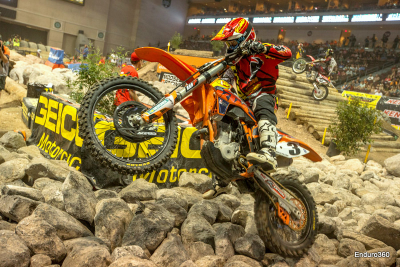 Mike Brown gets first Endurocross win
