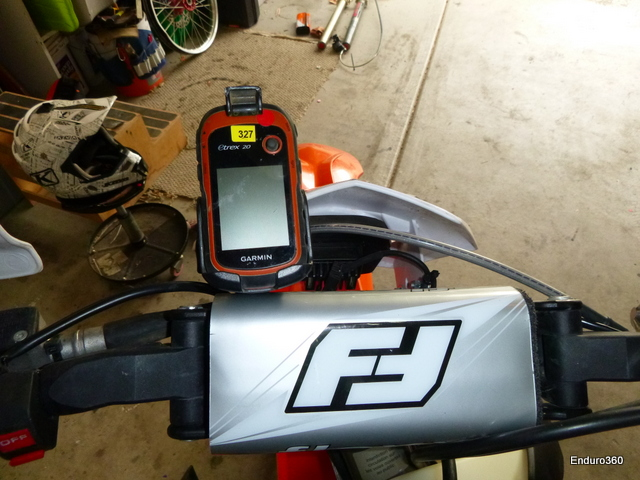 Garmin GPS mount on Flexx bars