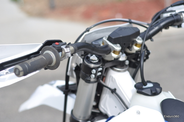KTM PHDS bar mounts