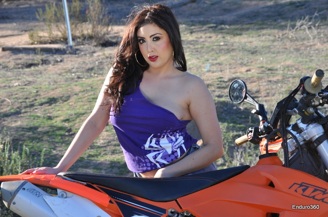 Enduro360 Trophy Girl Yva