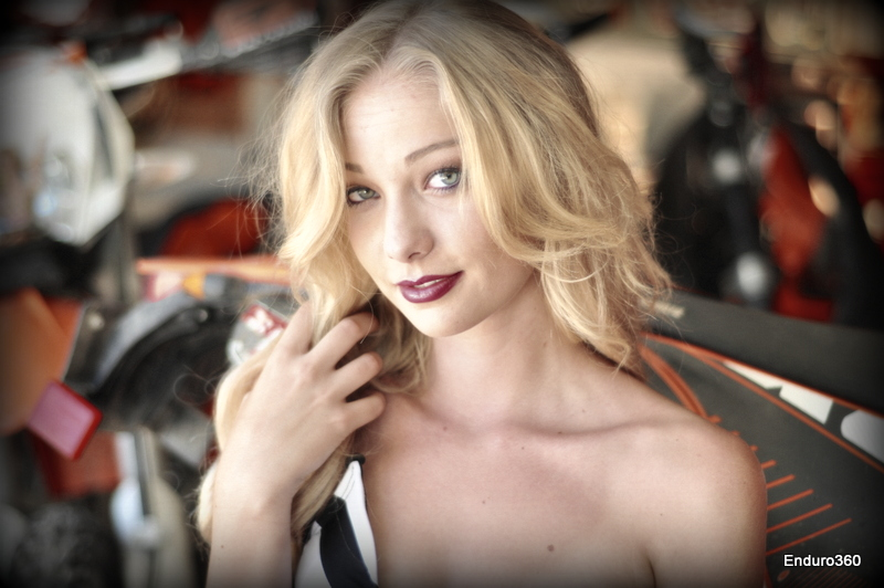 enduro360 trophy girl